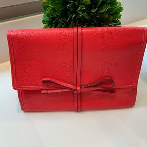 STELLA & DOT RED LEATHER TRAVEL BAG